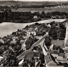 vue-aerienne-du-village-en-1960